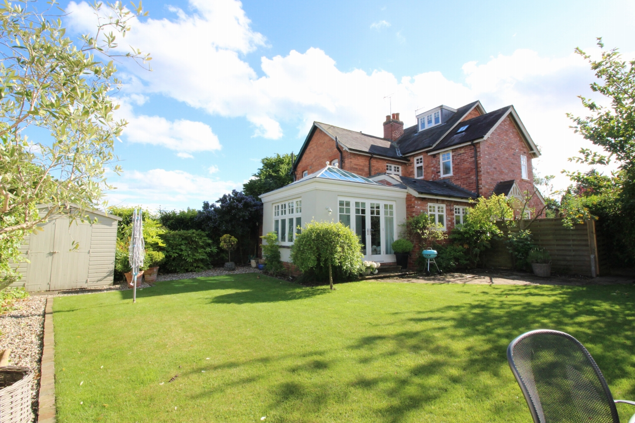 3 bedroom semi detached house SSTC in Solihull - photograph 2.