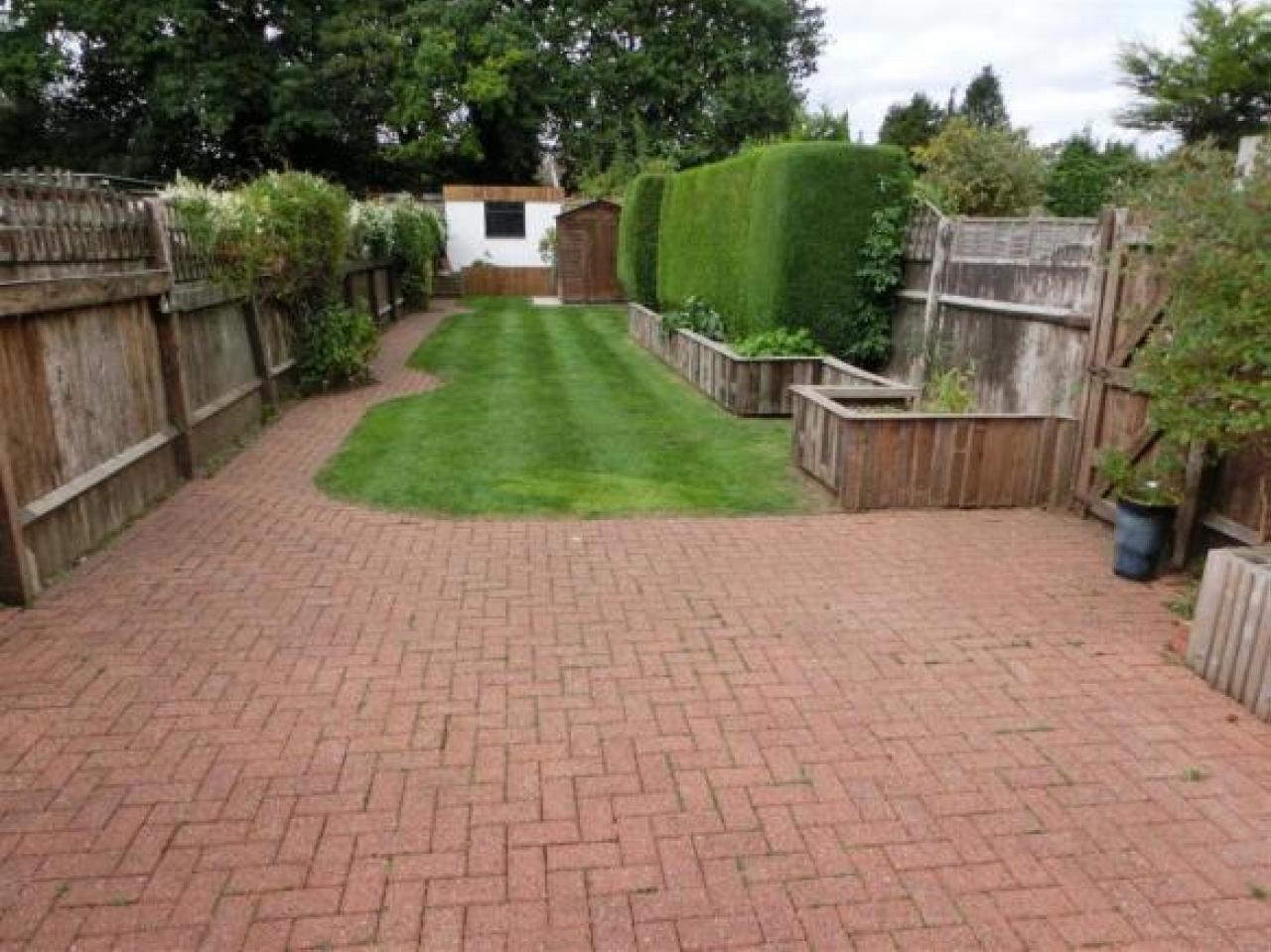 3 bedroom semi detached house Application Made in Solihull - photograph 4.