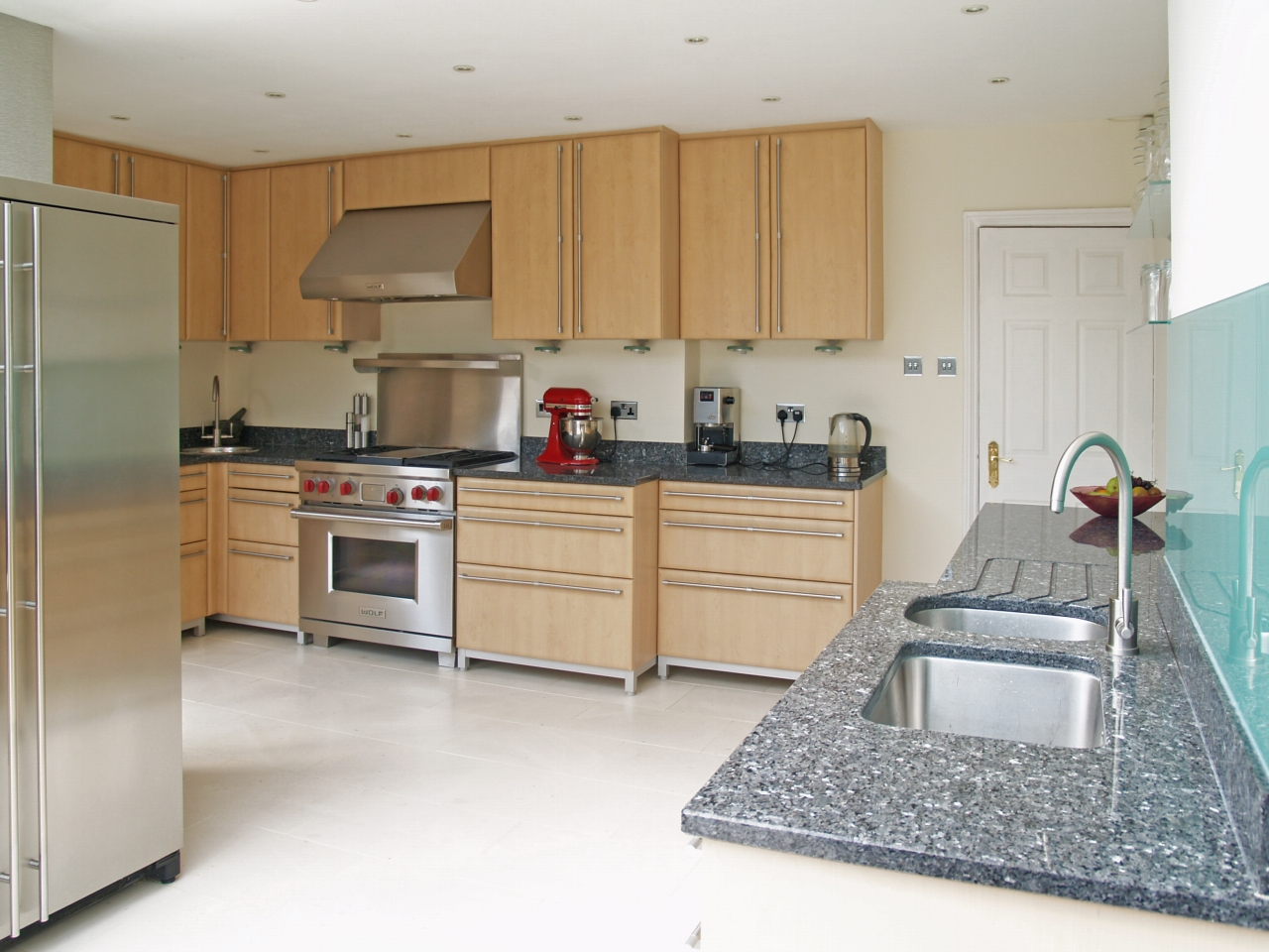 6 bedroom semi detached house SSTC in Solihull - photograph 6.