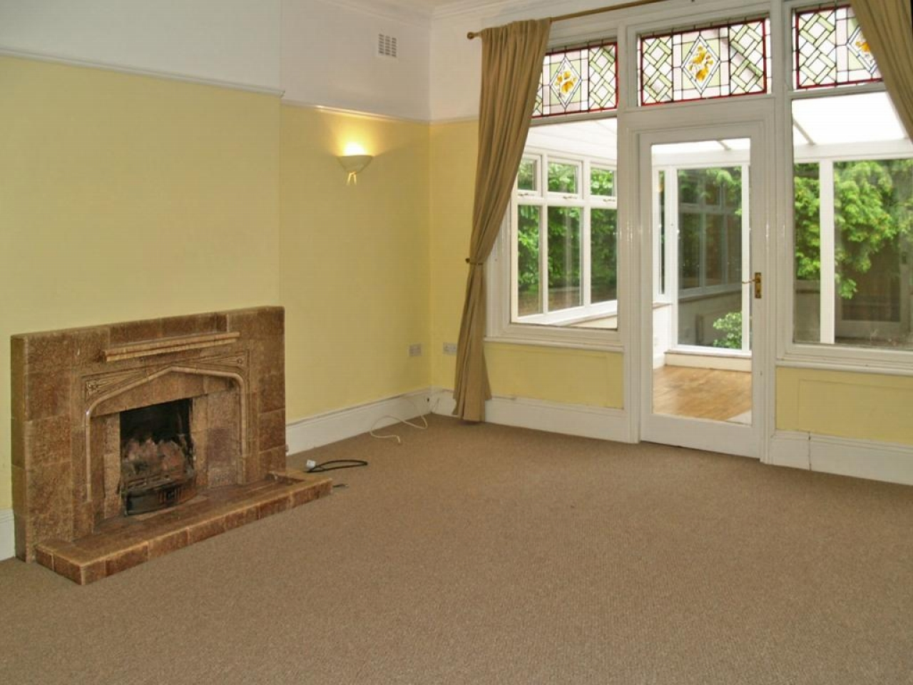 5 bedroom detached house SSTC in Solihull - photograph 5.
