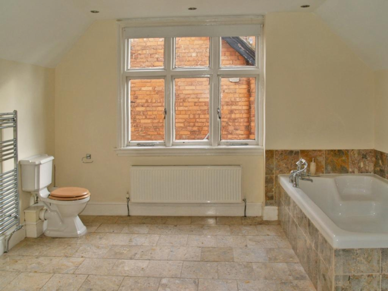 5 bedroom detached house SSTC in Solihull - photograph 15.