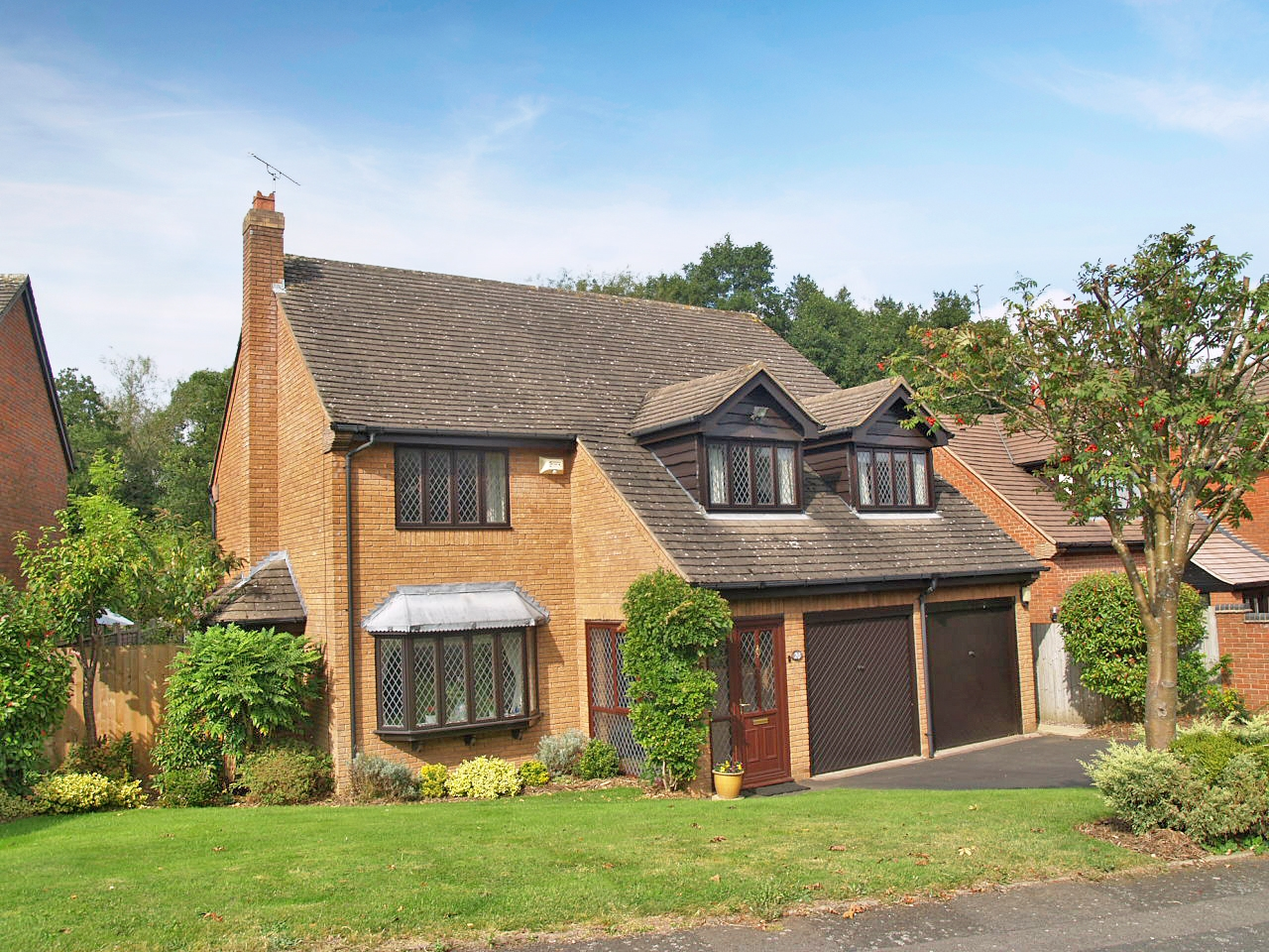 4 bedroom detached house SSTC in Birmingham - Main Image.