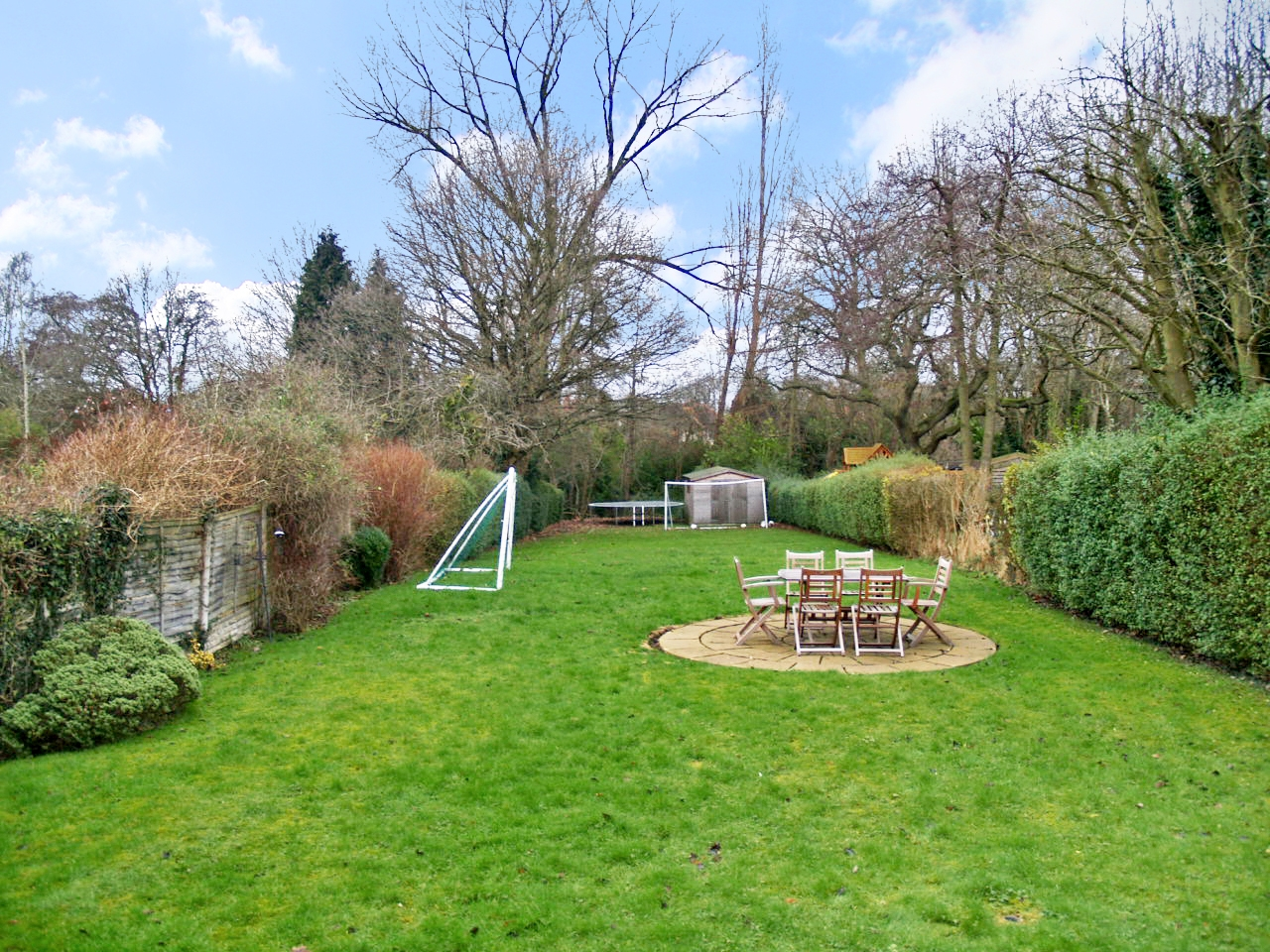 5 bedroom semi detached house SSTC in Solihull - photograph 4.
