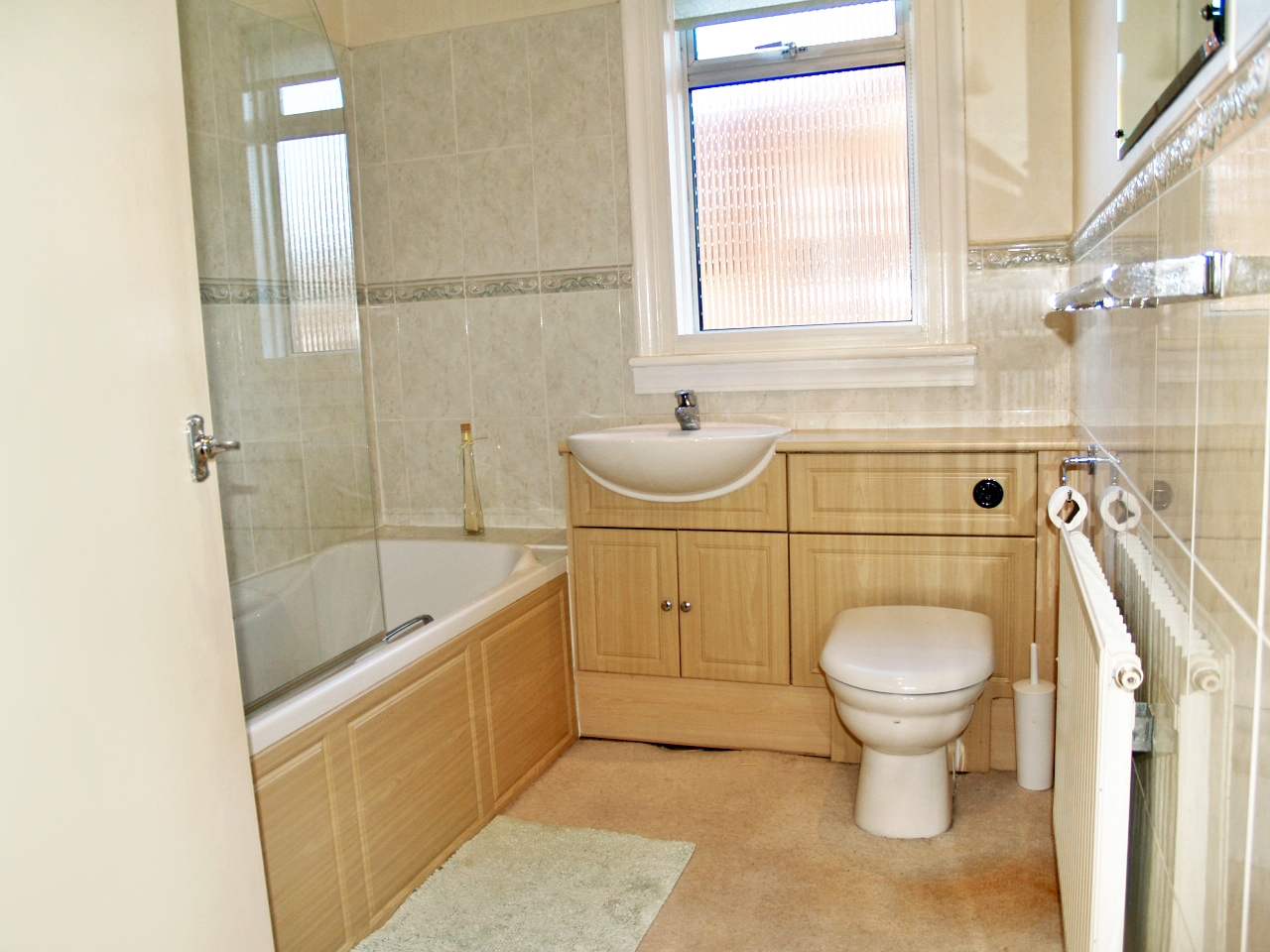 4 bedroom semi detached house SSTC in Solihull - photograph 11.