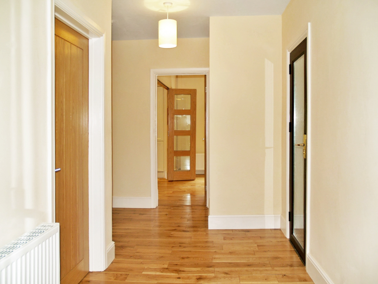 4 bedroom detached house SSTC in Solihull - photograph 3.