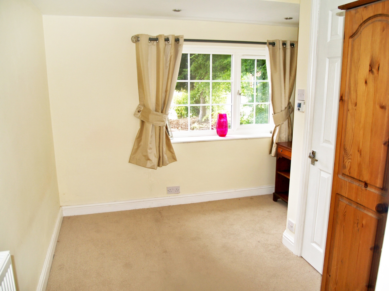 5 bedroom detached house SSTC in Solihull - photograph 16.