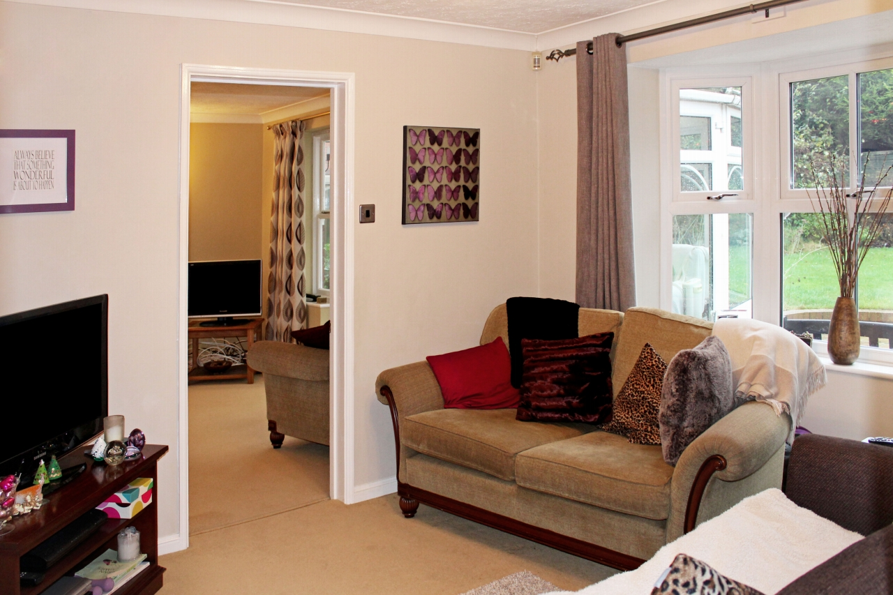 4 bedroom detached house SSTC in Solihull - photograph 6.