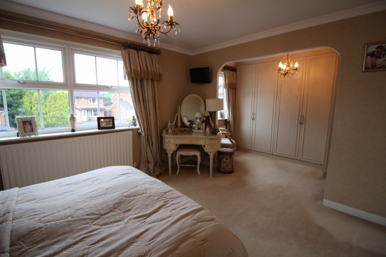 3 bedroom detached house Application Made in Solihull - photograph 11.