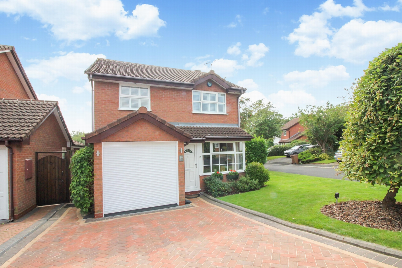 3 bedroom detached house SSTC in Solihull - Main Image.