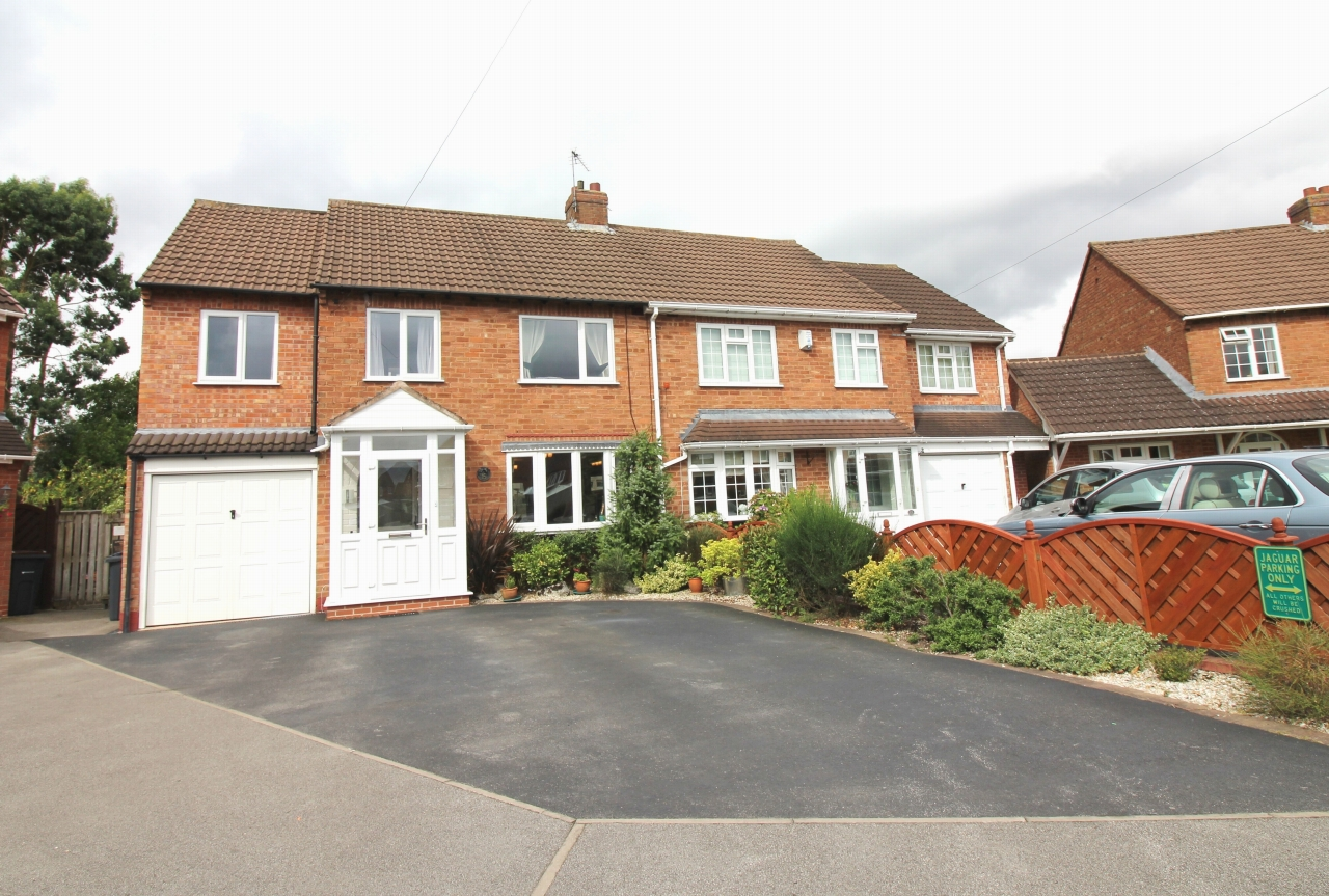 5 bedroom semi detached house SSTC in Birmingham - Main Image.