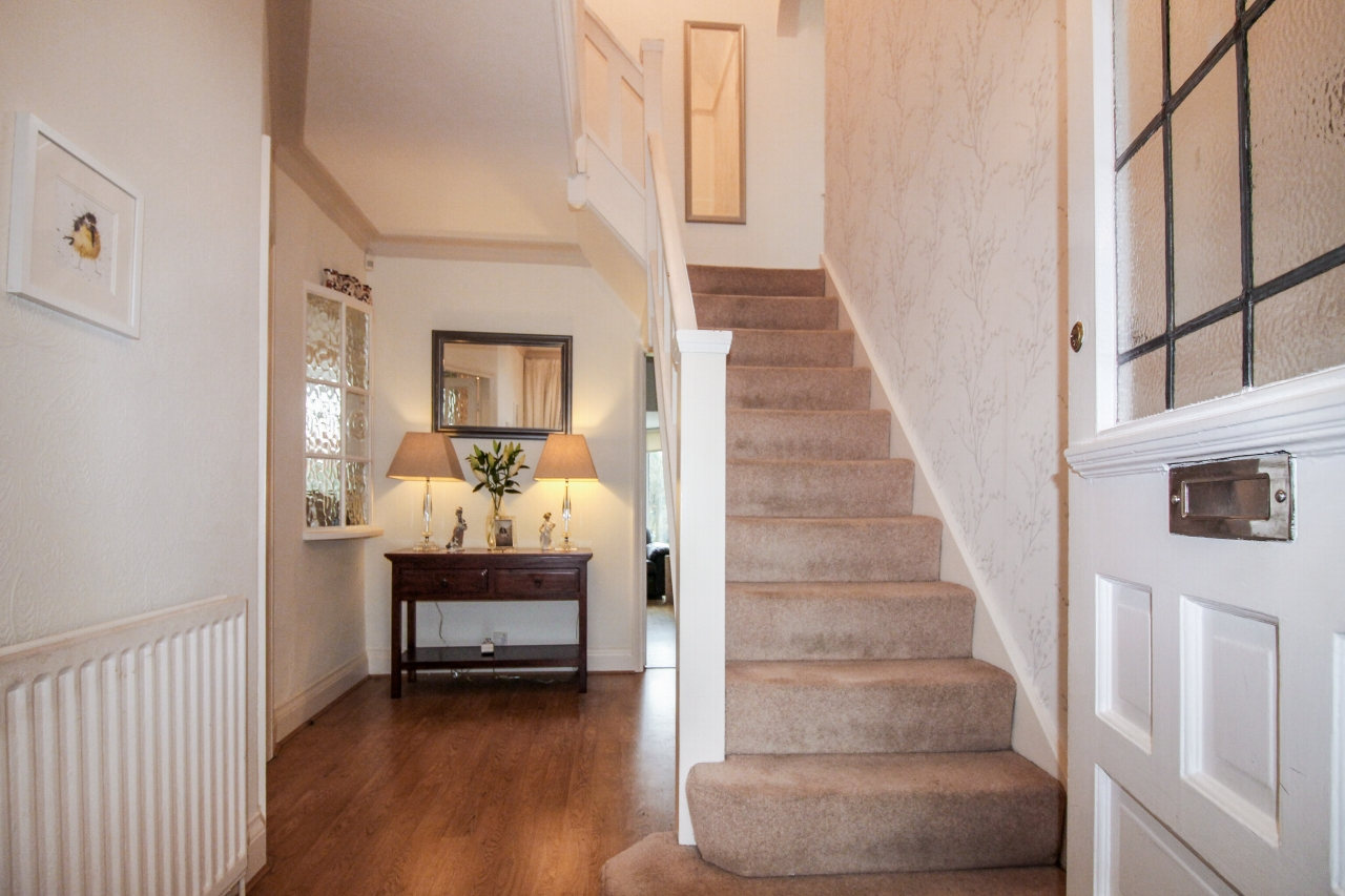 4 bedroom semi detached house SSTC in Solihull - photograph 3.