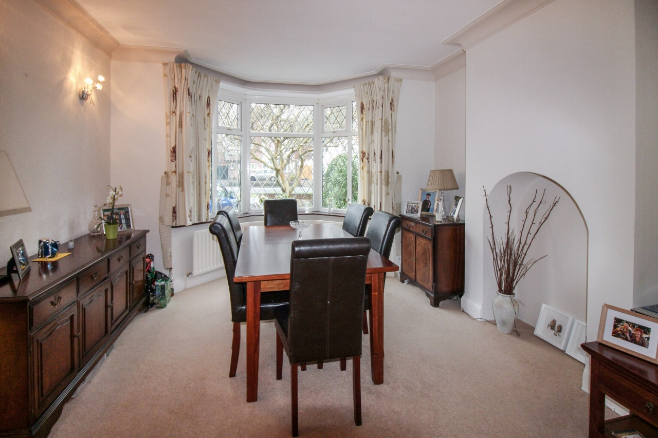 4 bedroom semi detached house SSTC in Solihull - photograph 5.
