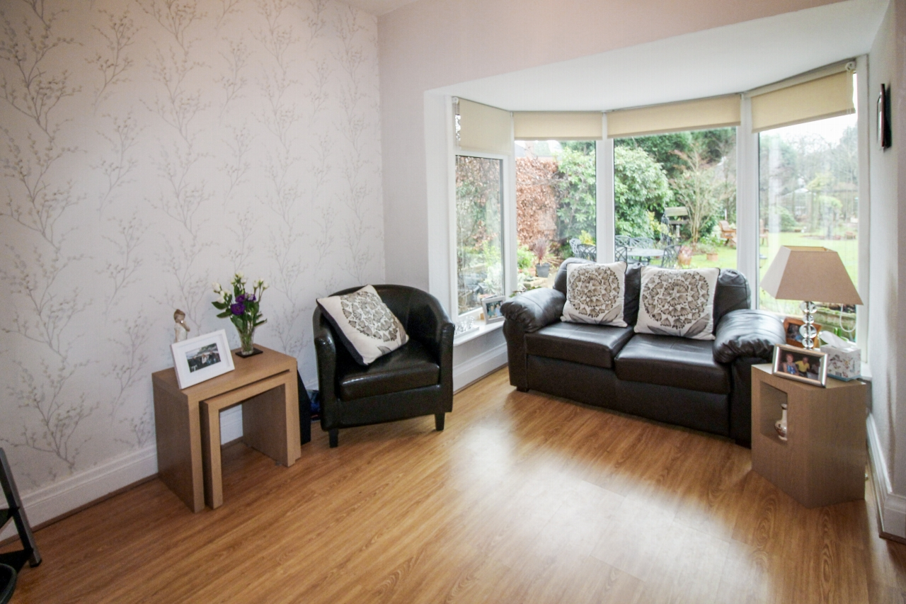 4 bedroom semi detached house SSTC in Solihull - photograph 8.