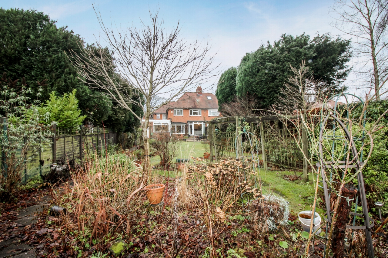 4 bedroom semi detached house SSTC in Solihull - photograph 16.