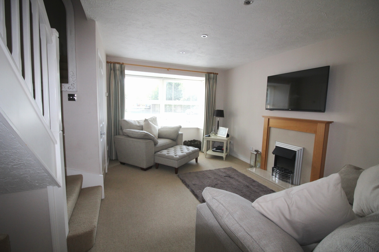 3 bedroom mid terraced house Application Made in Solihull - photograph 14.