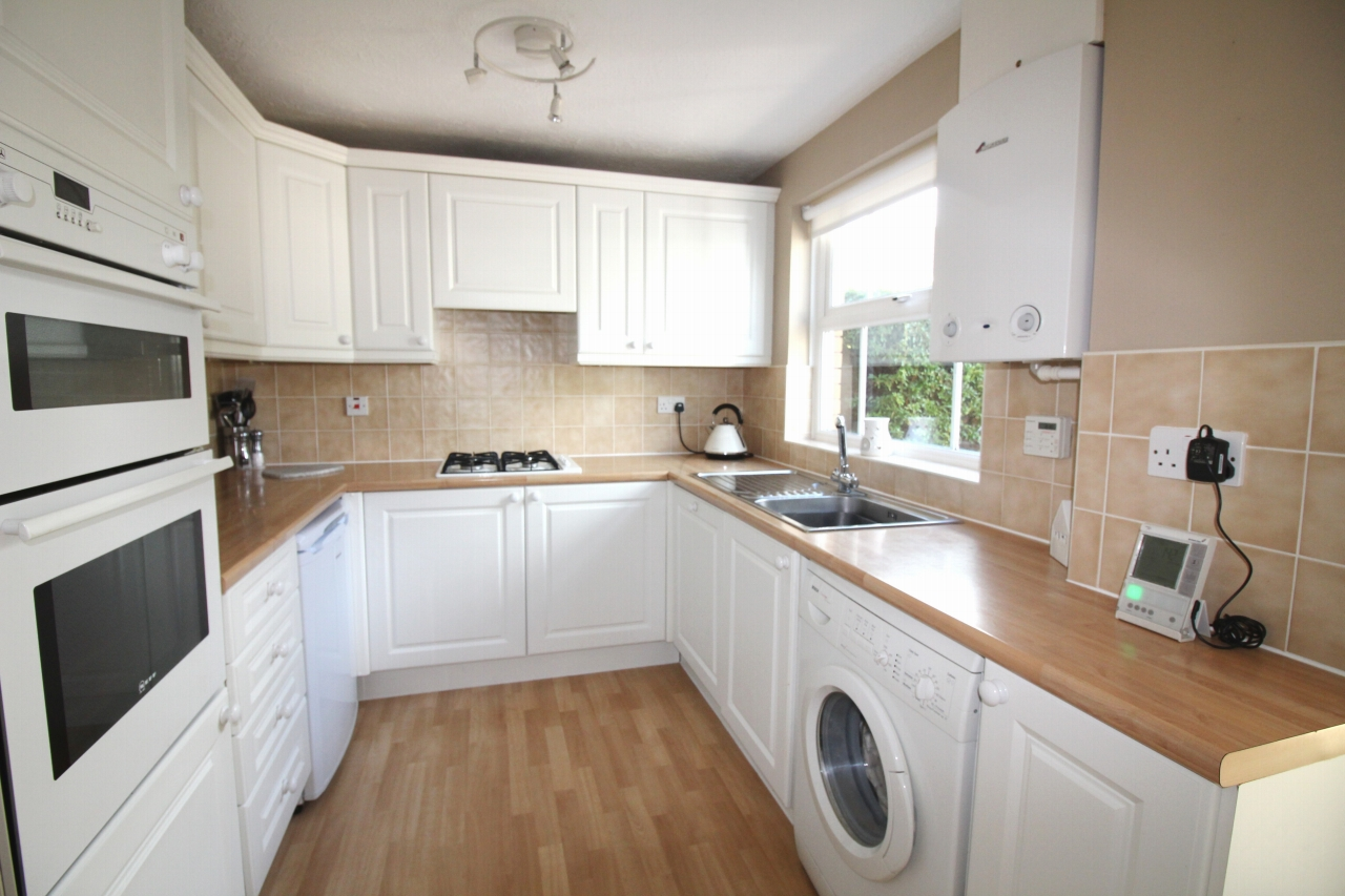 3 bedroom mid terraced house Application Made in Solihull - photograph 3.