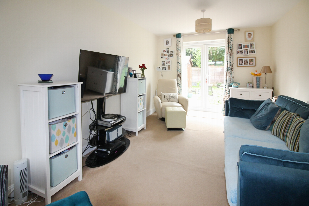 3 bedroom detached house SSTC in Solihull - photograph 2.