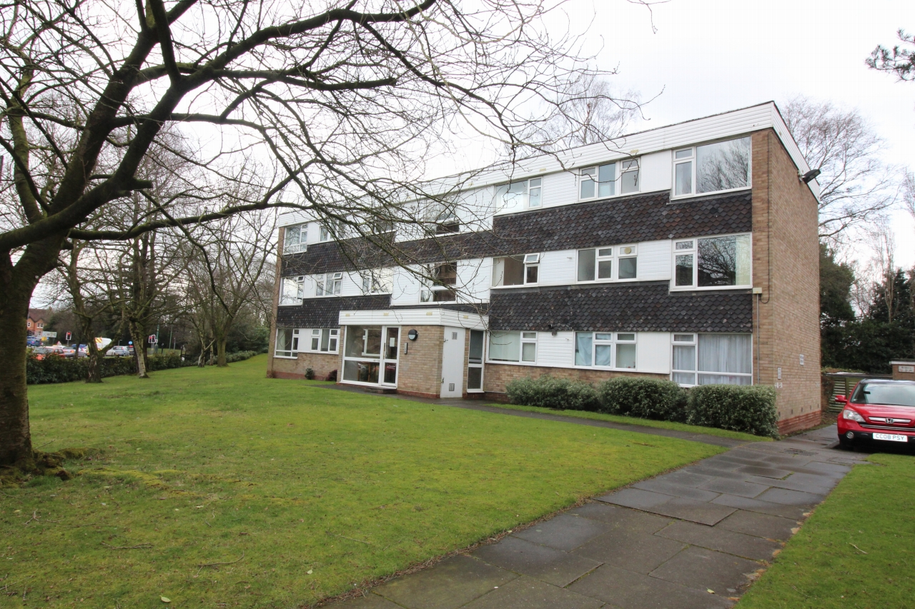2 bedroom second floor apartment SSTC in Solihull - Main Image.