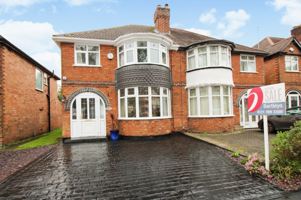 3 bedroom semi detached house SSTC in Birmingham - Main Image.