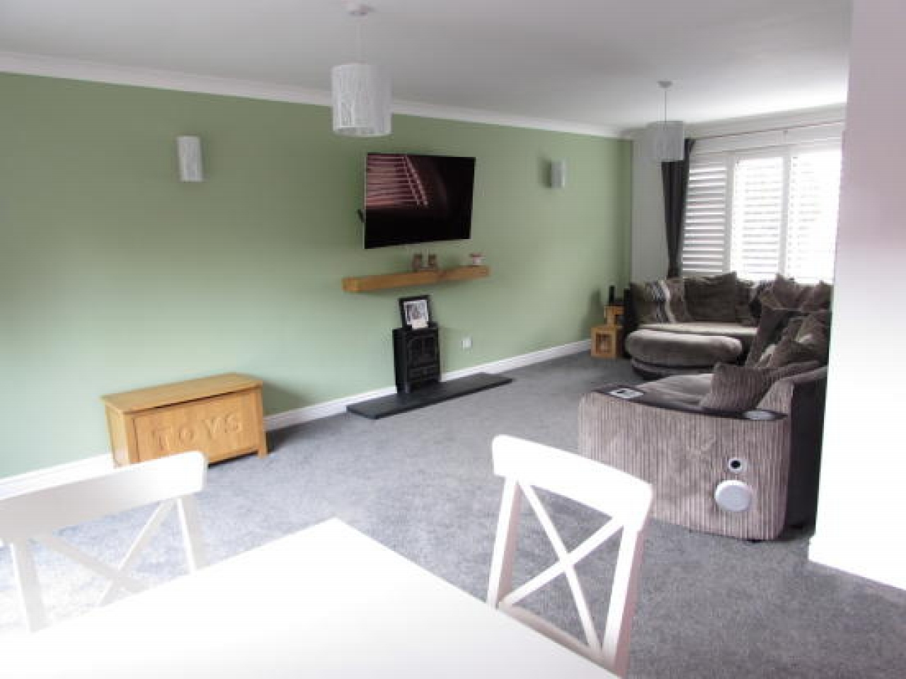 4 bedroom detached house SSTC in Solihull - photograph 2.