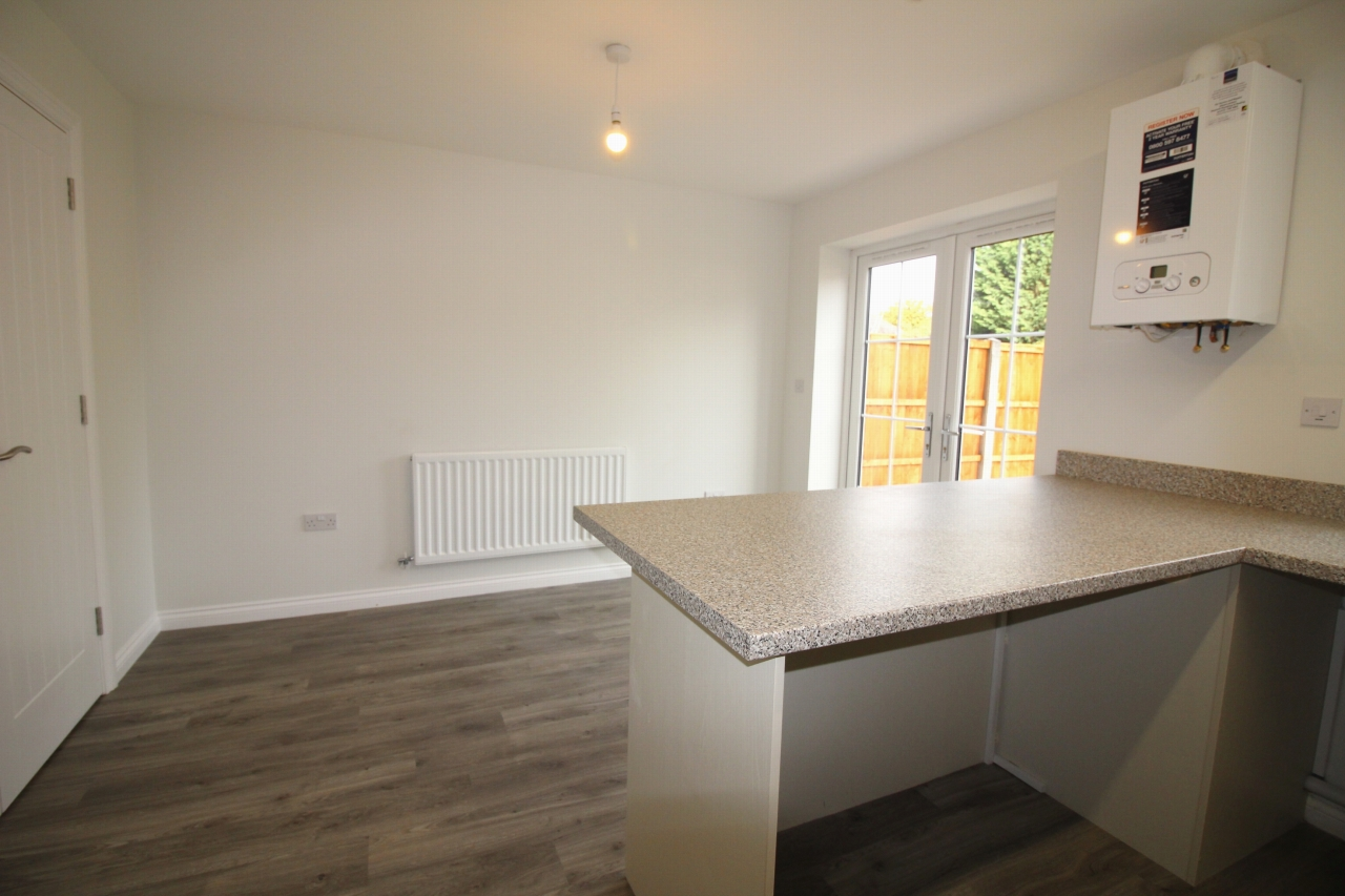 4 bedroom semi detached house Application Made in Birmaingham - photograph 4.
