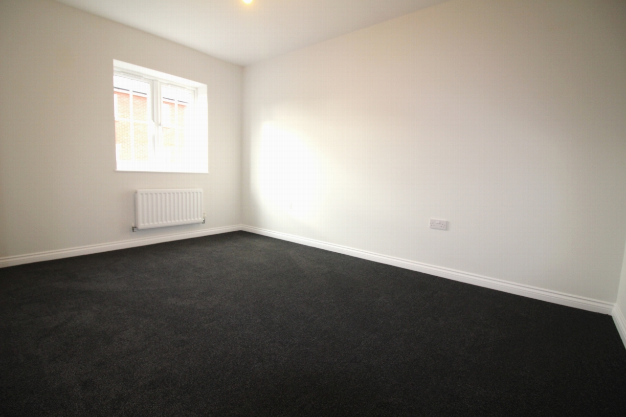 4 bedroom semi detached house Application Made in Birmaingham - photograph 9.