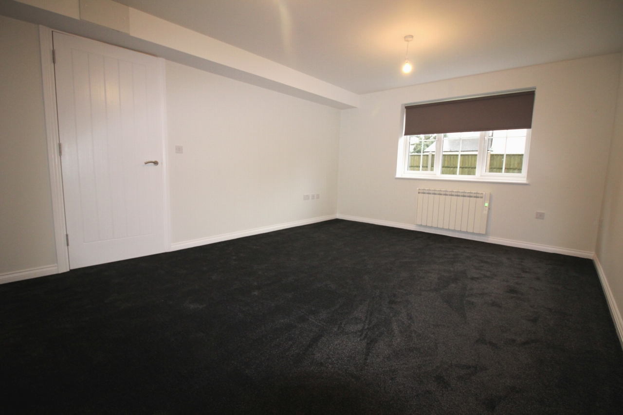 4 bedroom detached house Application Made in Birmingham - photograph 7.
