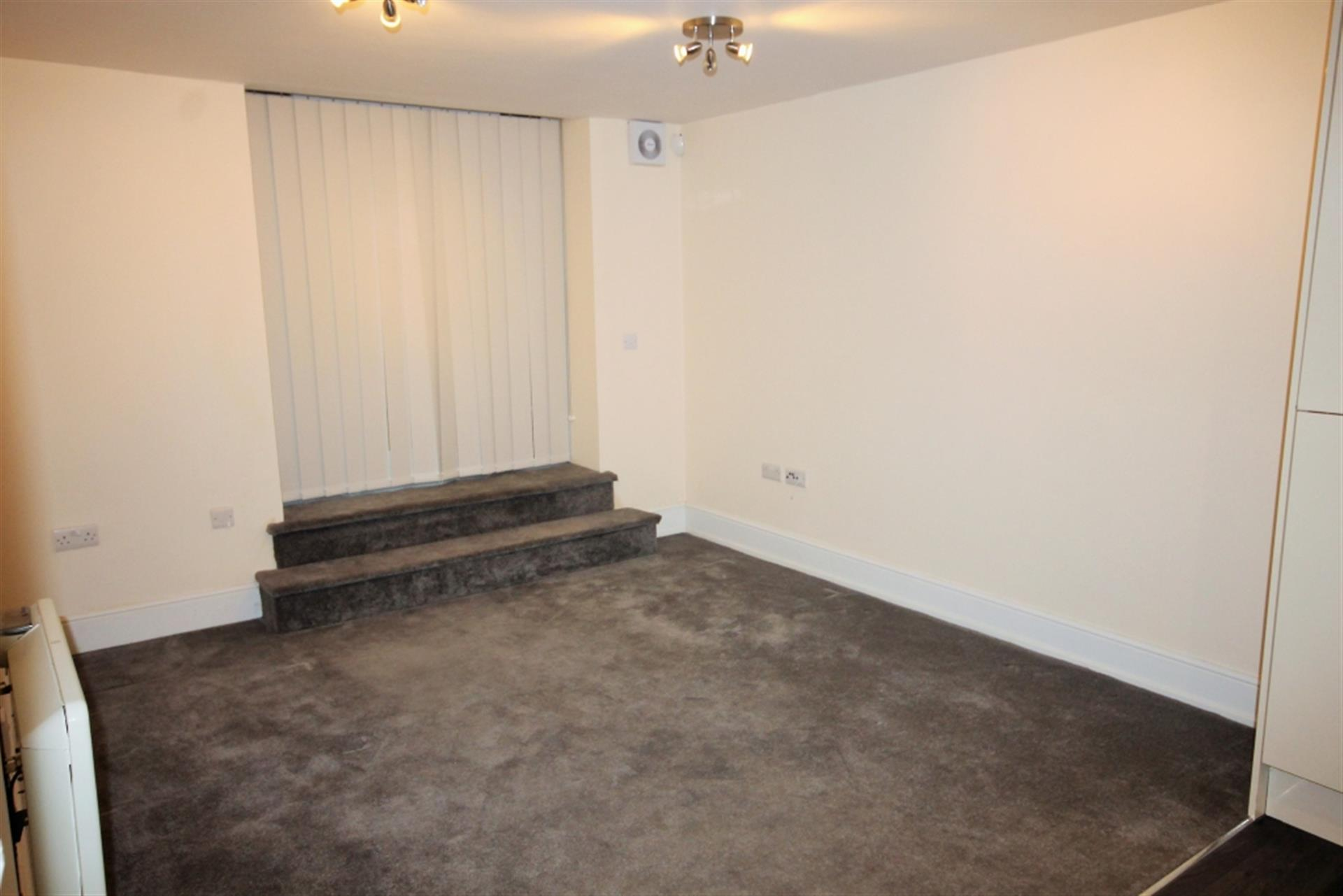 2 bedroom apartment flat / apartment To Let in Knott St, Darwen, Lancs - Property photograph