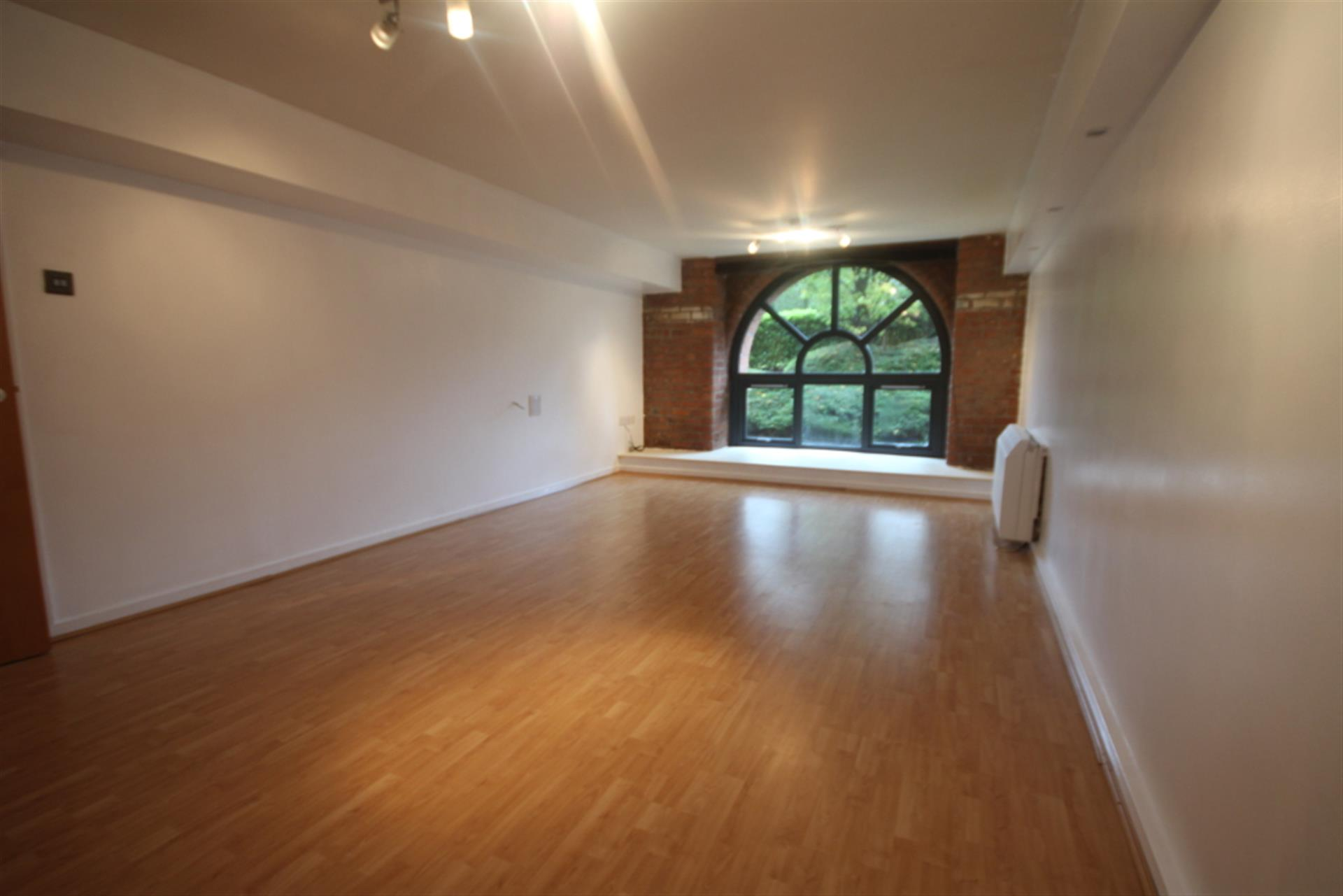 1 bedroom apartment flat / apartment To Let in Eagley, Bolton, ., . - Property photograph