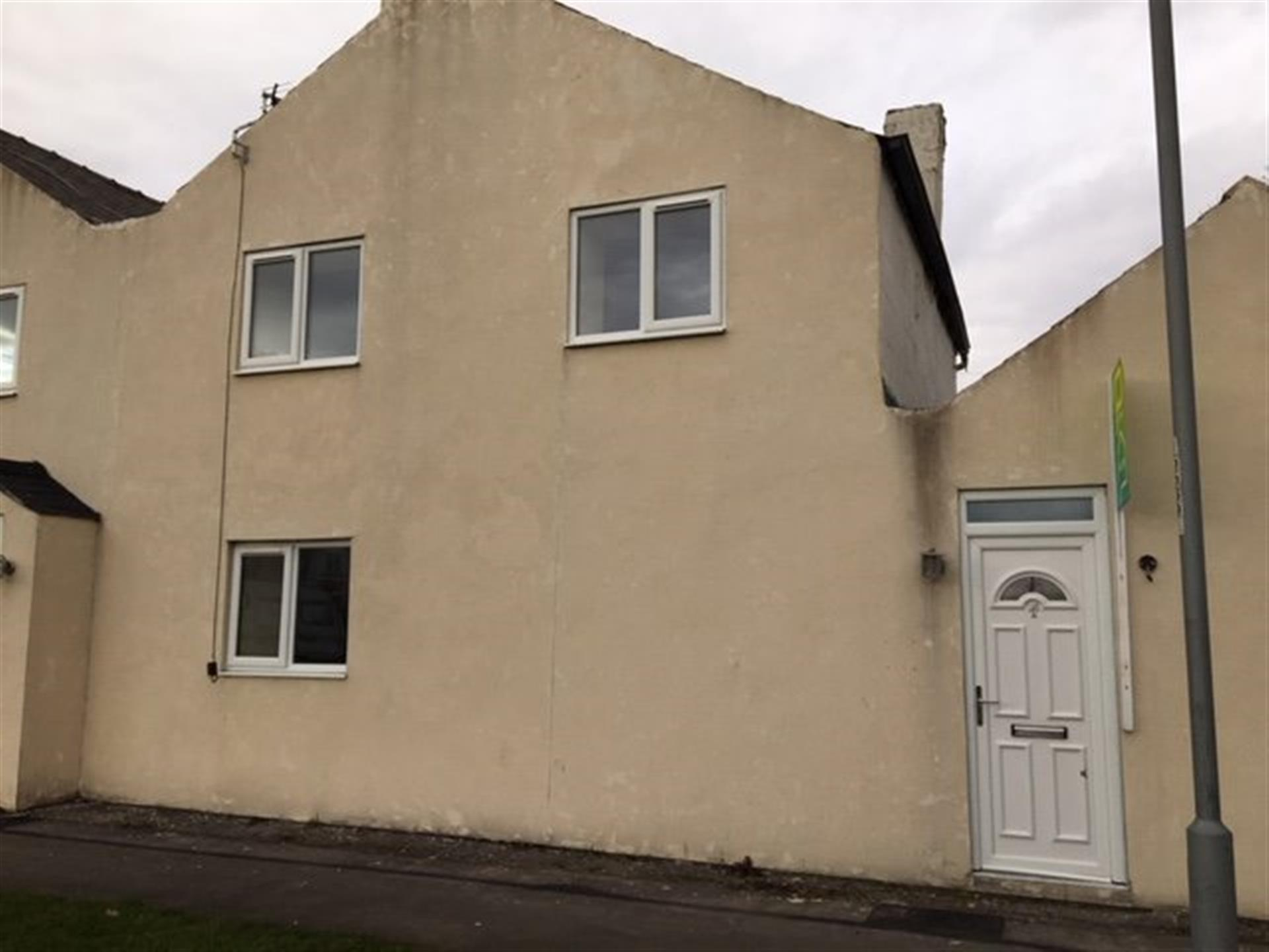 2 bedroom terraced house To Let in West Auckland - photograph 7.