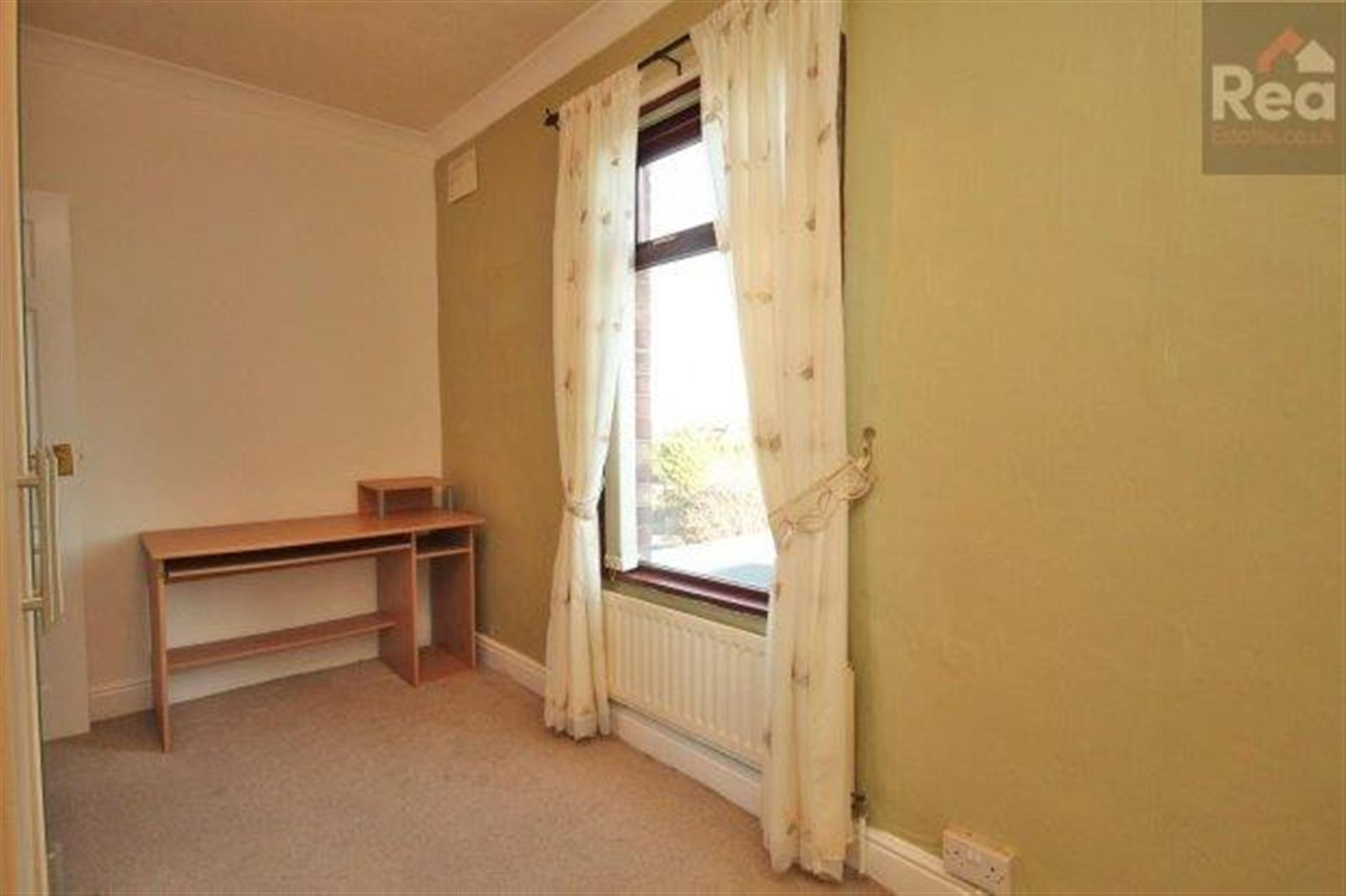 2 bedroom terraced house To Let in West Auckland - photograph 6.