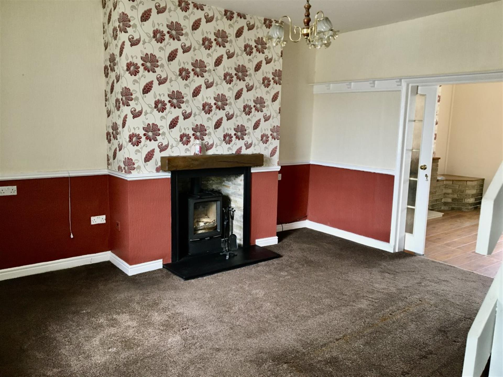 2 bedroom terraced house To Let in Bishop Auckland - photograph 3.