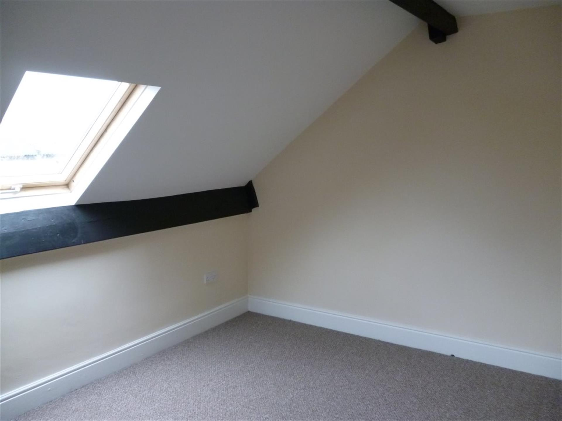 3 bedroom flat flat / apartment To Let in Bishop Auckland - Main Image.