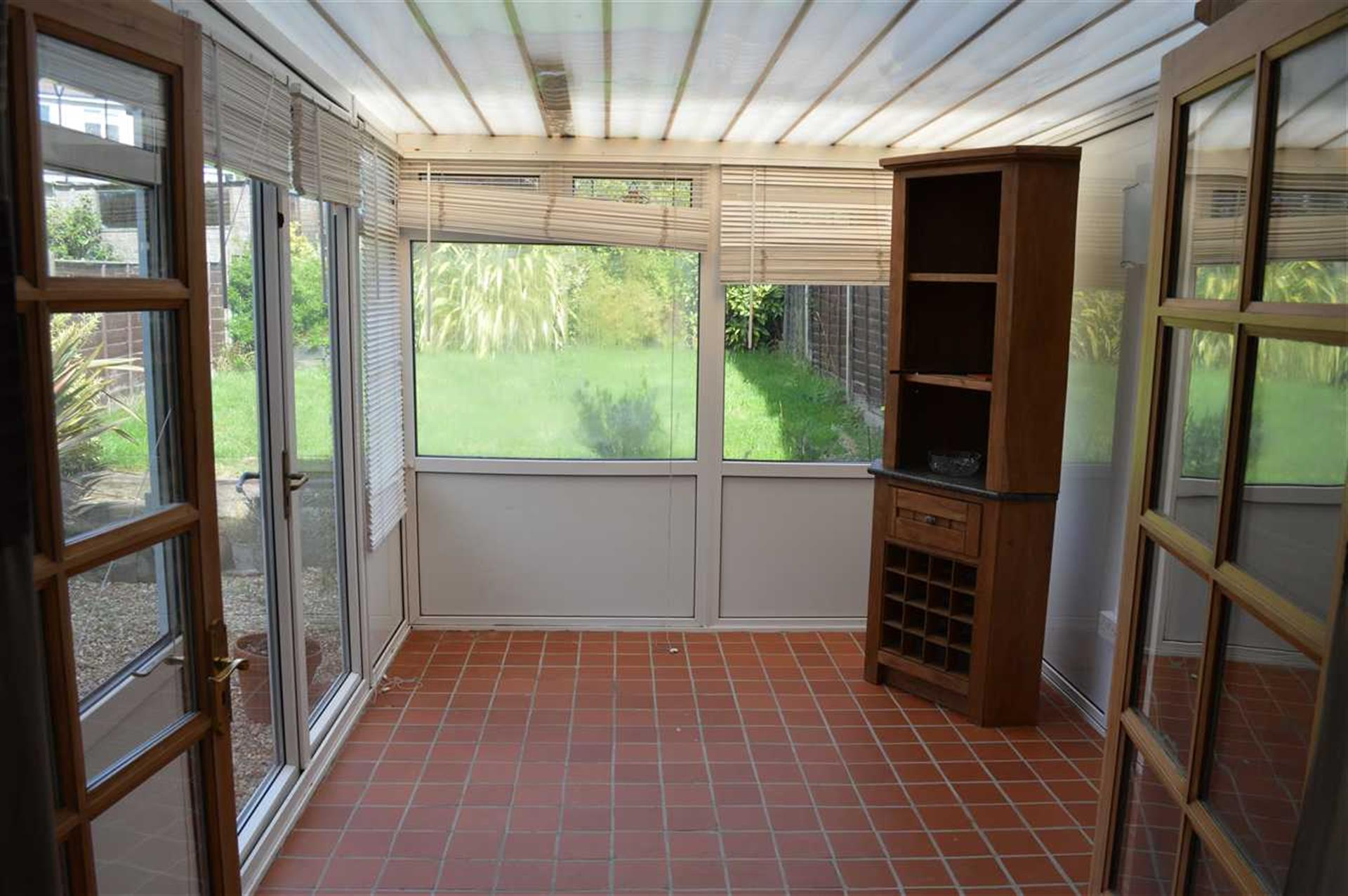 3 Bedroom Semi-detached House To Rent - Conservatory