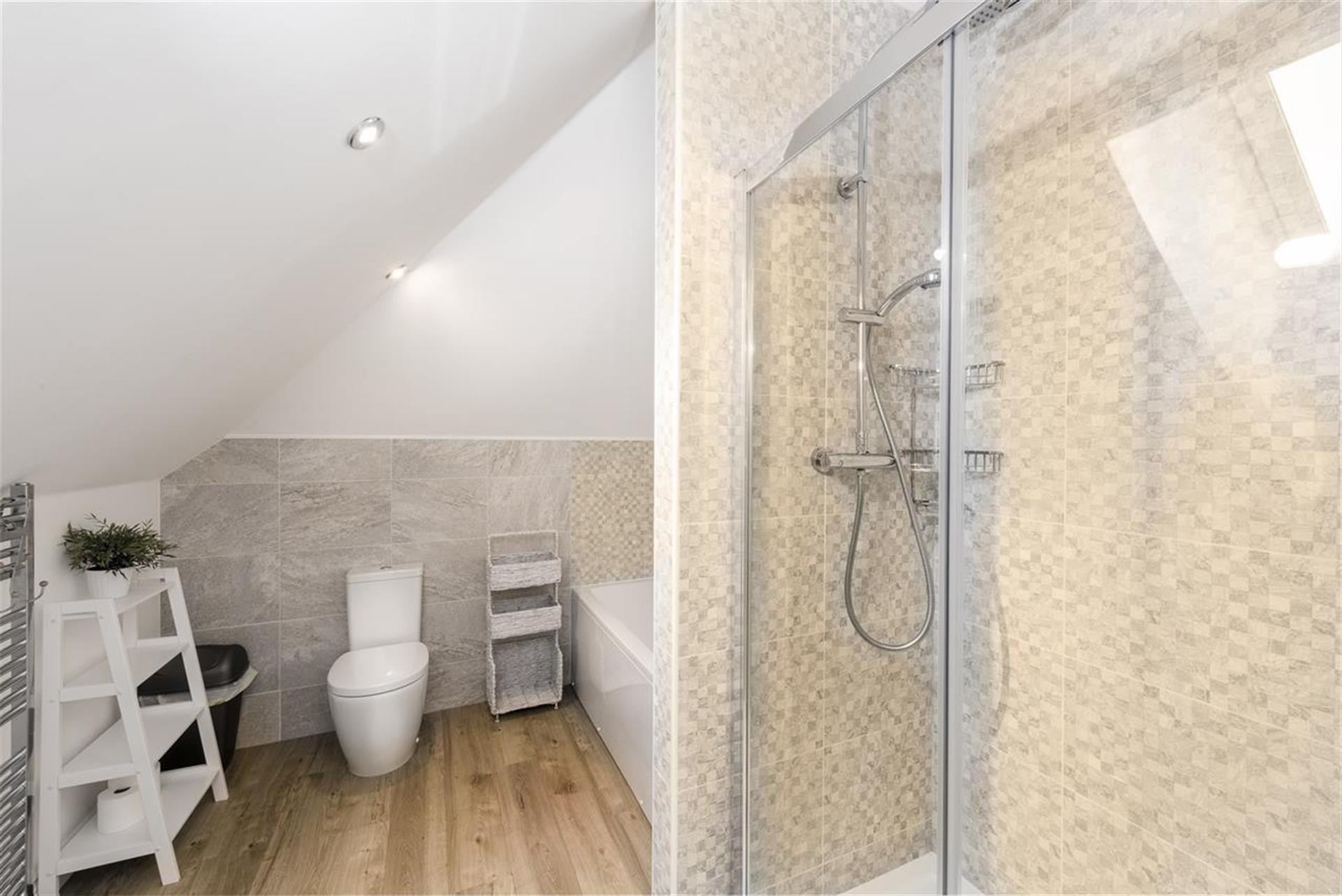 2 Bedroom Apartment Flat / Apartment To Rent - Image 13