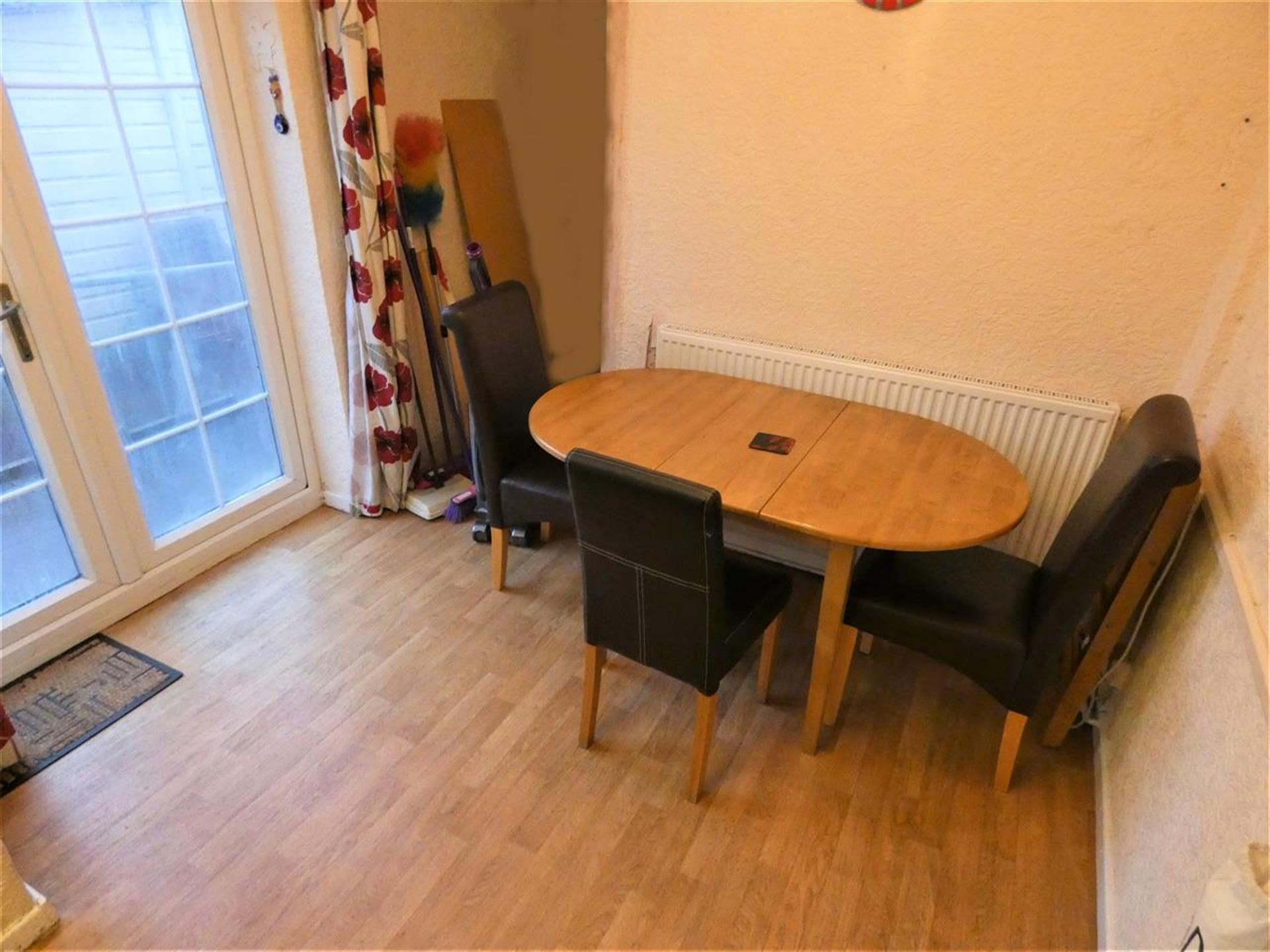 4 Bedroom End Terraced House For Sale - Image 4