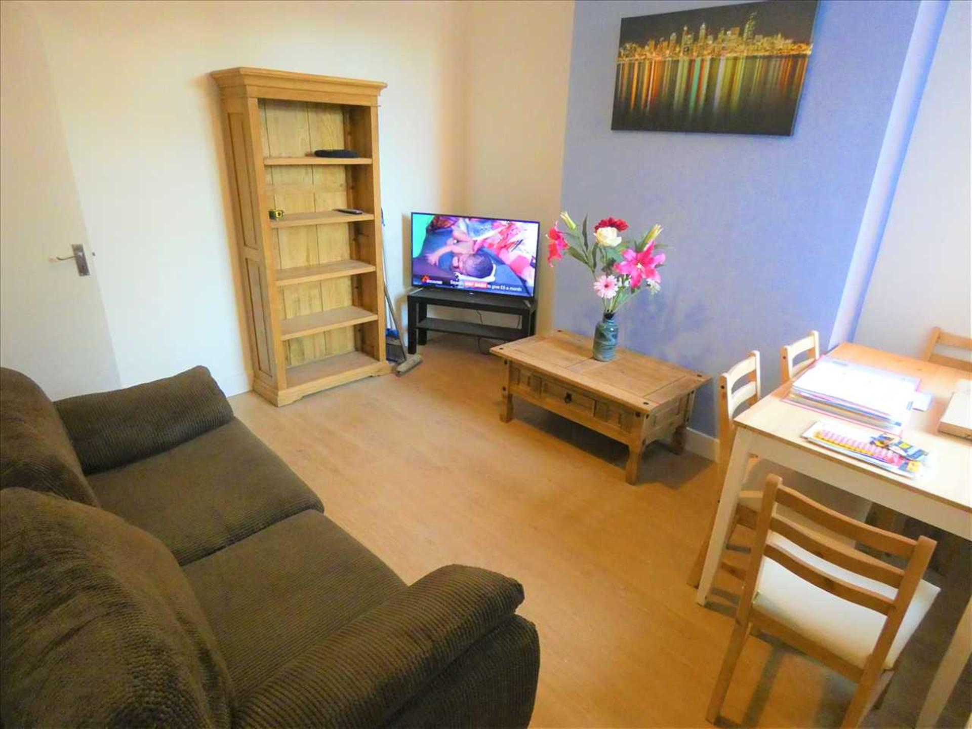 1 Bedroom House Share House / Flat Share To Rent in ...