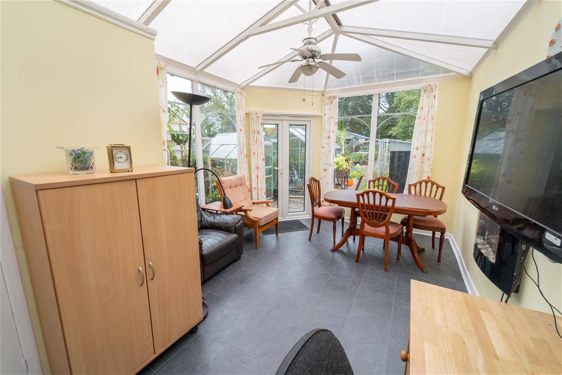 3 Bedroom Semi-detached House For Sale - Conservatory
