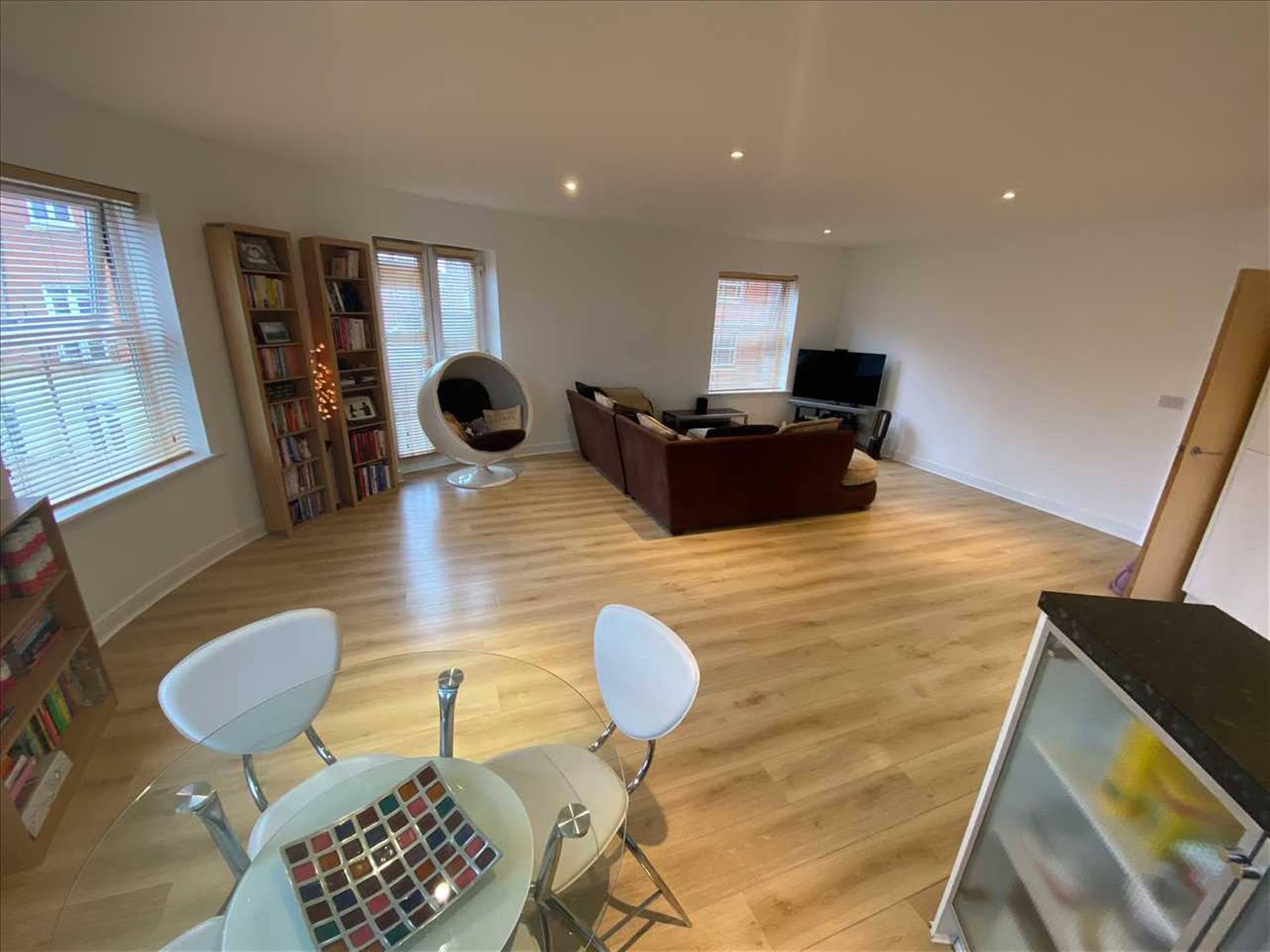 2 Bedroom Apartment Flat / Apartment For Sale - Image 1