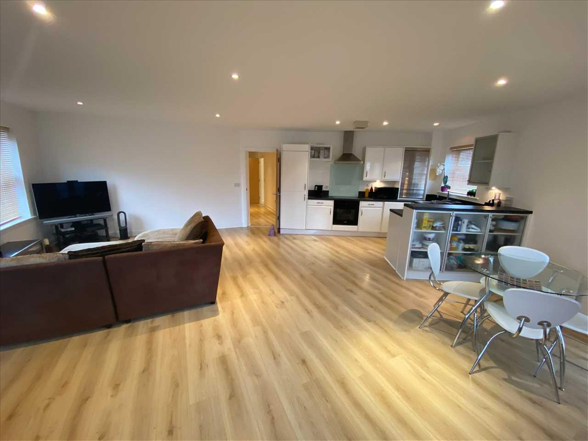2 Bedroom Apartment Flat / Apartment For Sale - Image 2