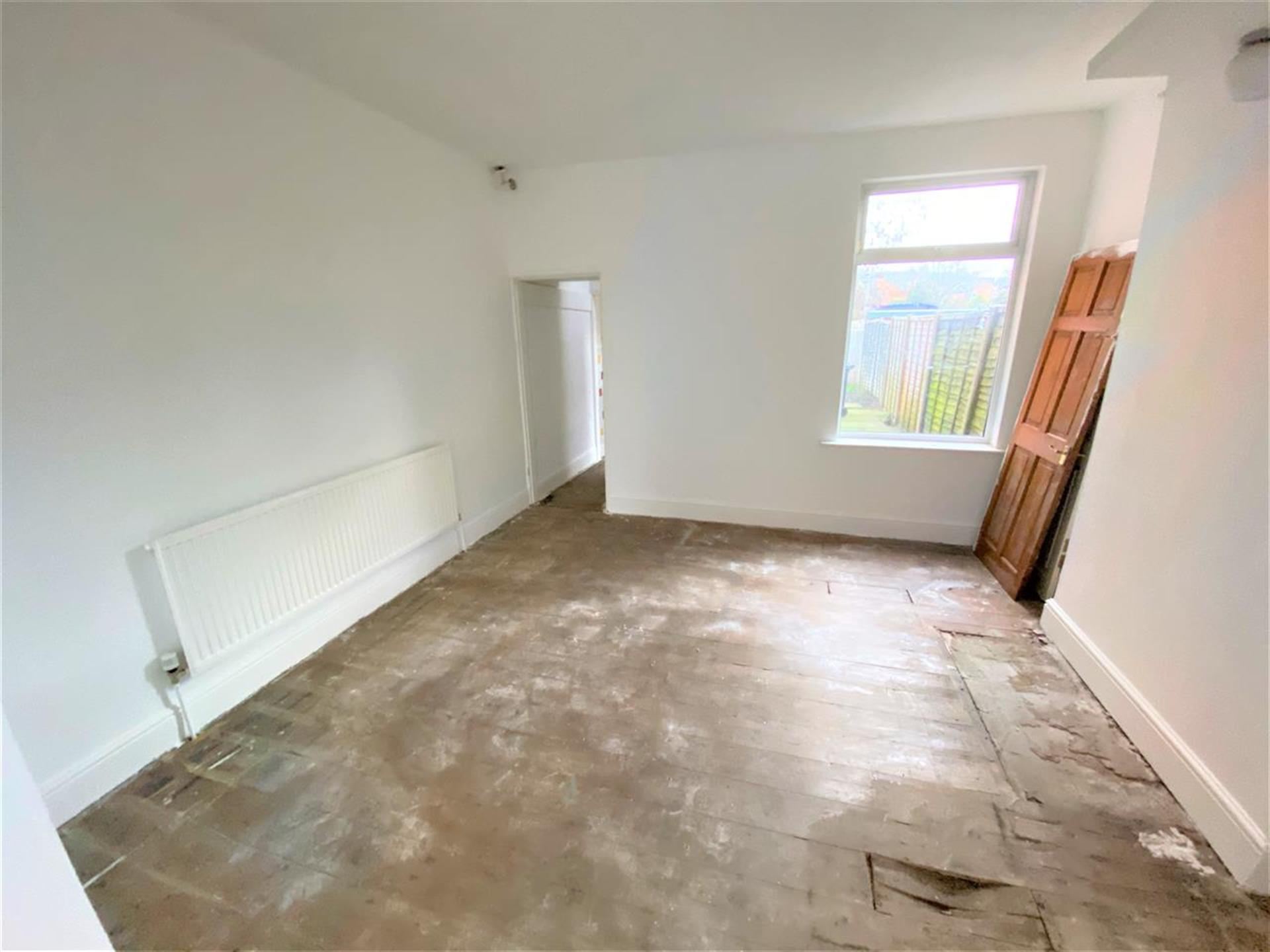 2 Bedroom End Terraced House For Sale - Dining Room Area