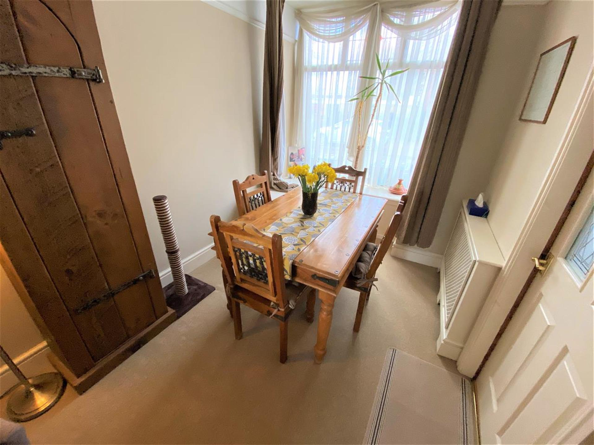 3 Bedroom Terraced House For Sale - Dining Area