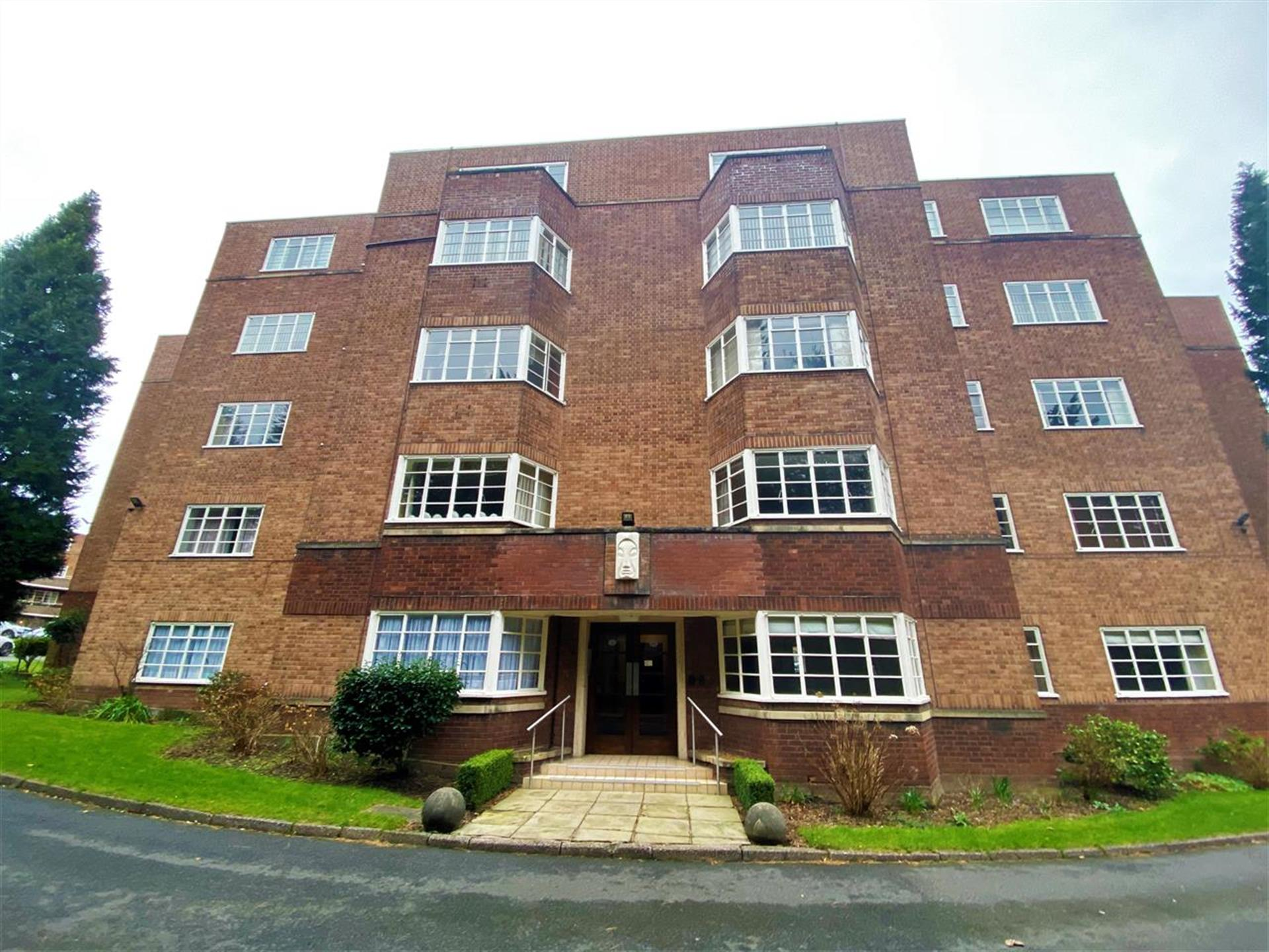 2 Bedroom Apartment Flat / Apartment For Sale - Main Picture
