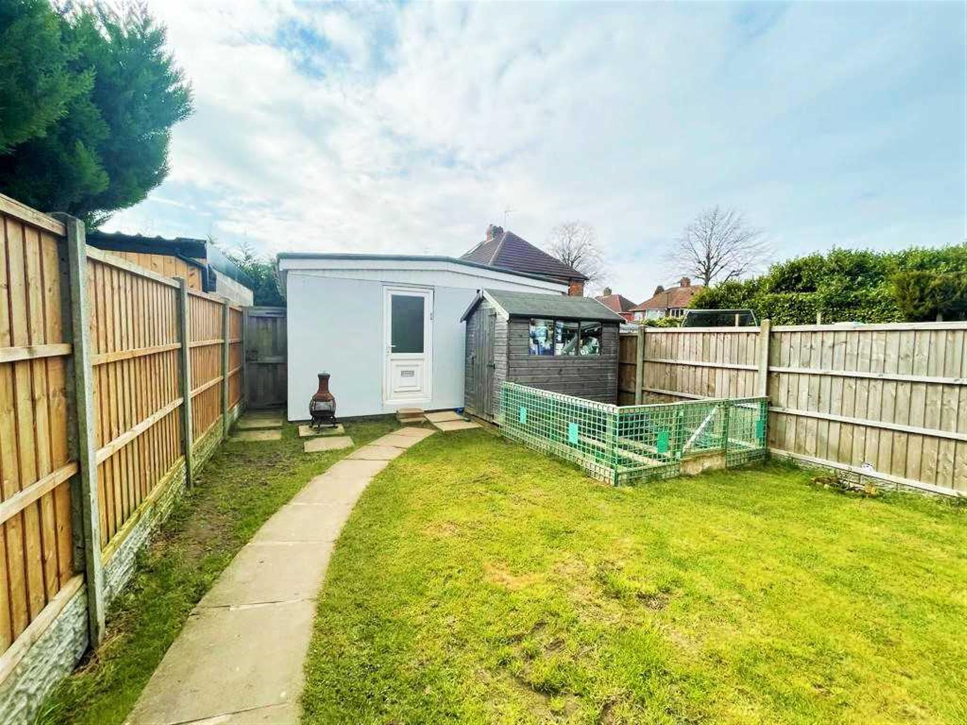 3 Bedroom Semi-detached House For Sale - Image 13
