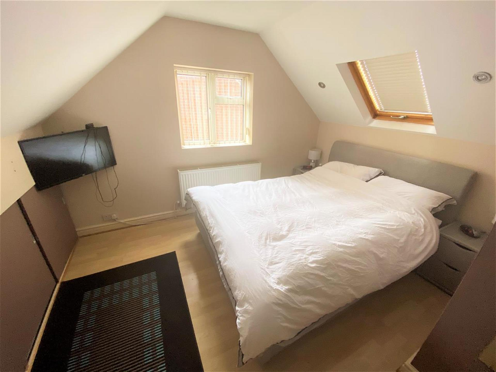 3 Bedroom Semi-detached House For Sale - Bedroom Three