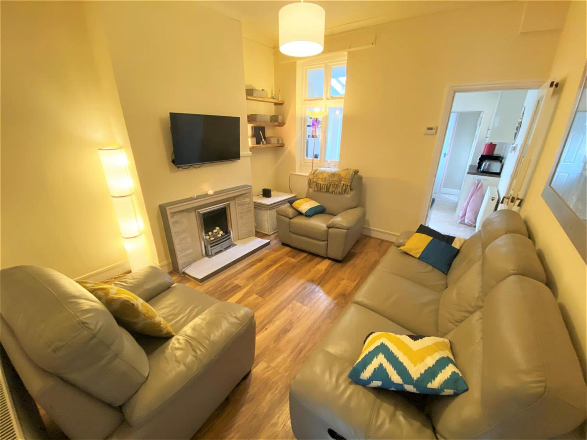 2 Bedroom Terraced House For Sale - Reception Room Two