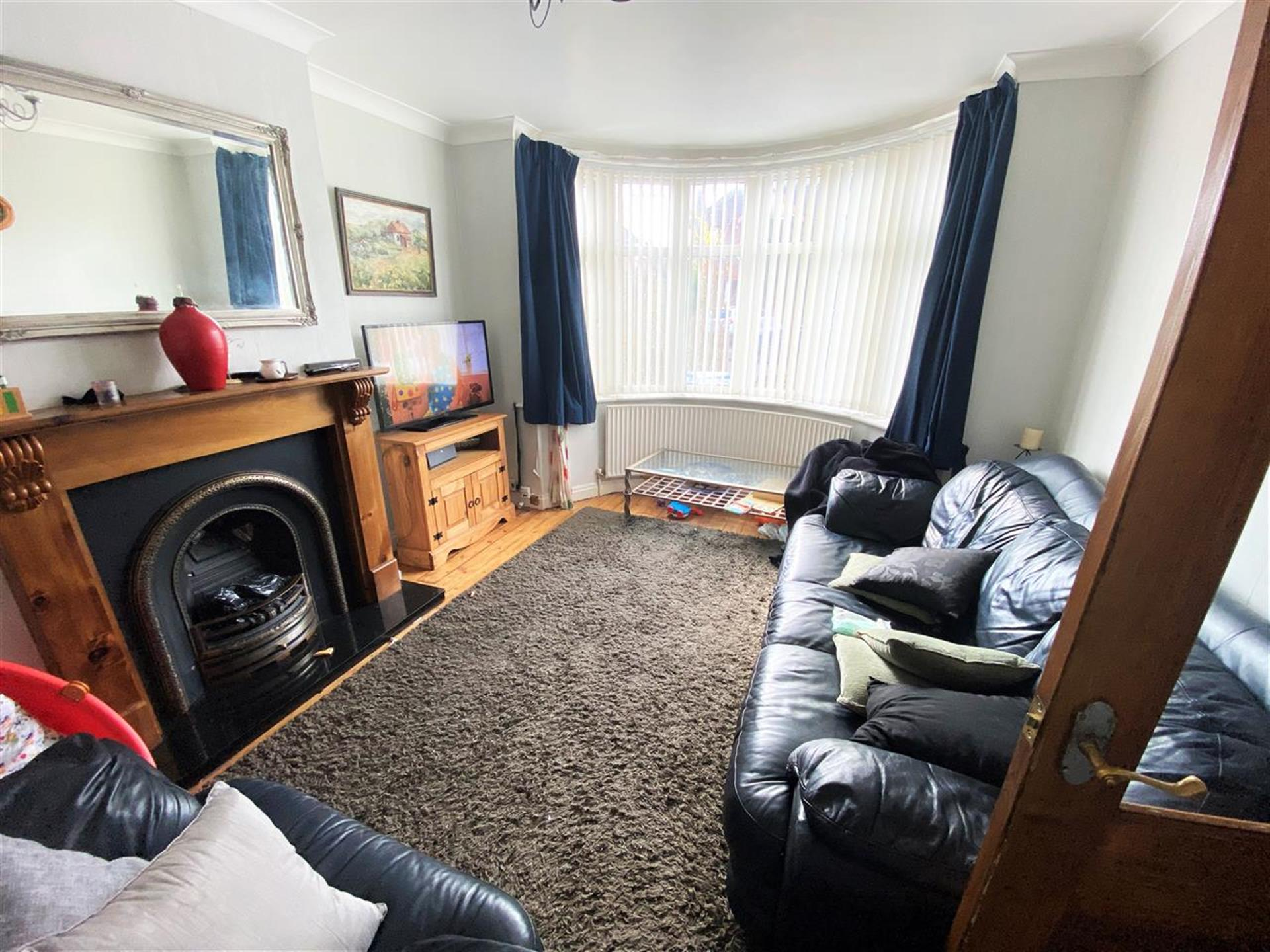 4 Bedroom Semi-detached House For Sale - Reception Room One