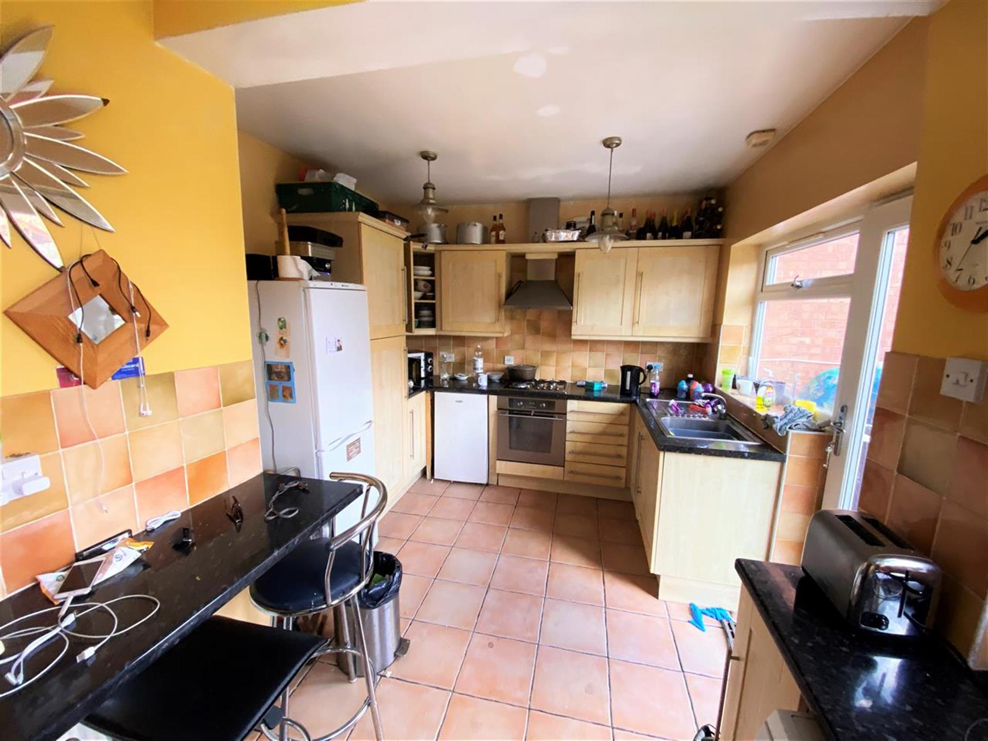 4 Bedroom Semi-detached House For Sale - Kitchen