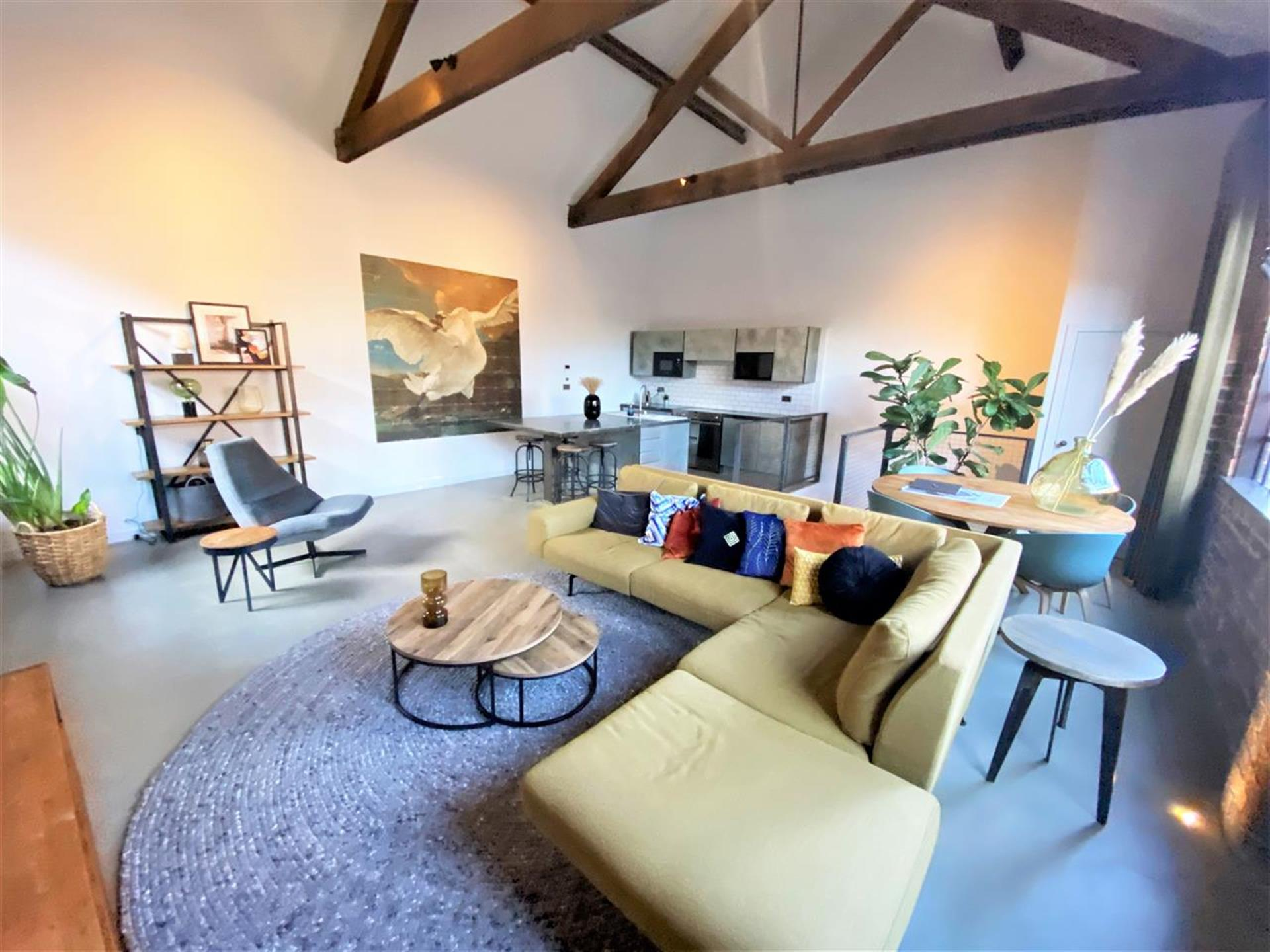 2 Bedroom Apartment Flat / Apartment To Rent - Main Picture