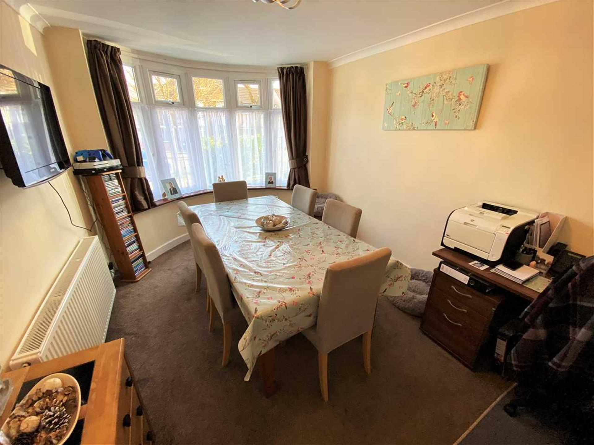 3 Bedroom Semi-detached House For Sale - Dining Room